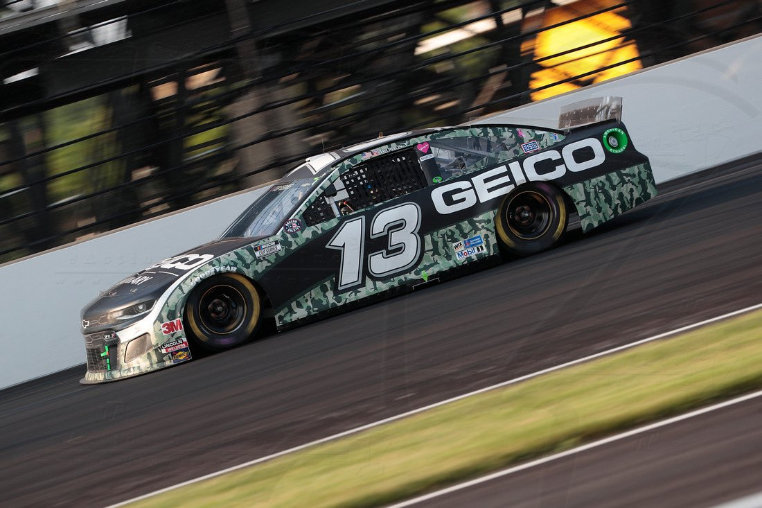 📸 RECAP: After gaining 11 positions in the opening 12 laps and running inside the top-15 for the majority of the race, @TyDillon and the @GEICORacing team crossed the finish line in 14th-place at @IMS! https://t.co/3w3rvwWaAY