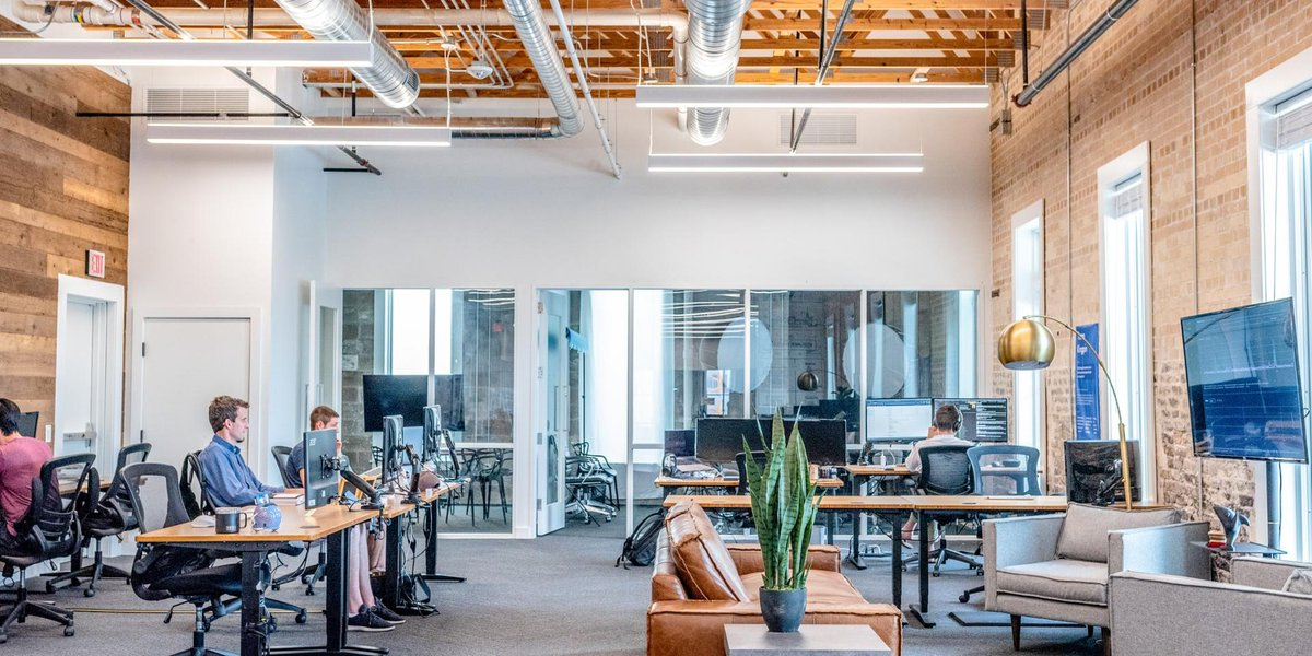 Is there a place for office working in your property strategy post-#COVID19? Is the traditional office dead?   Find out how professionals globally will be rethinking their organisation's use of physical space: https://t.co/Tf78r6VmNh https://t.co/PGZEEC7Iz9