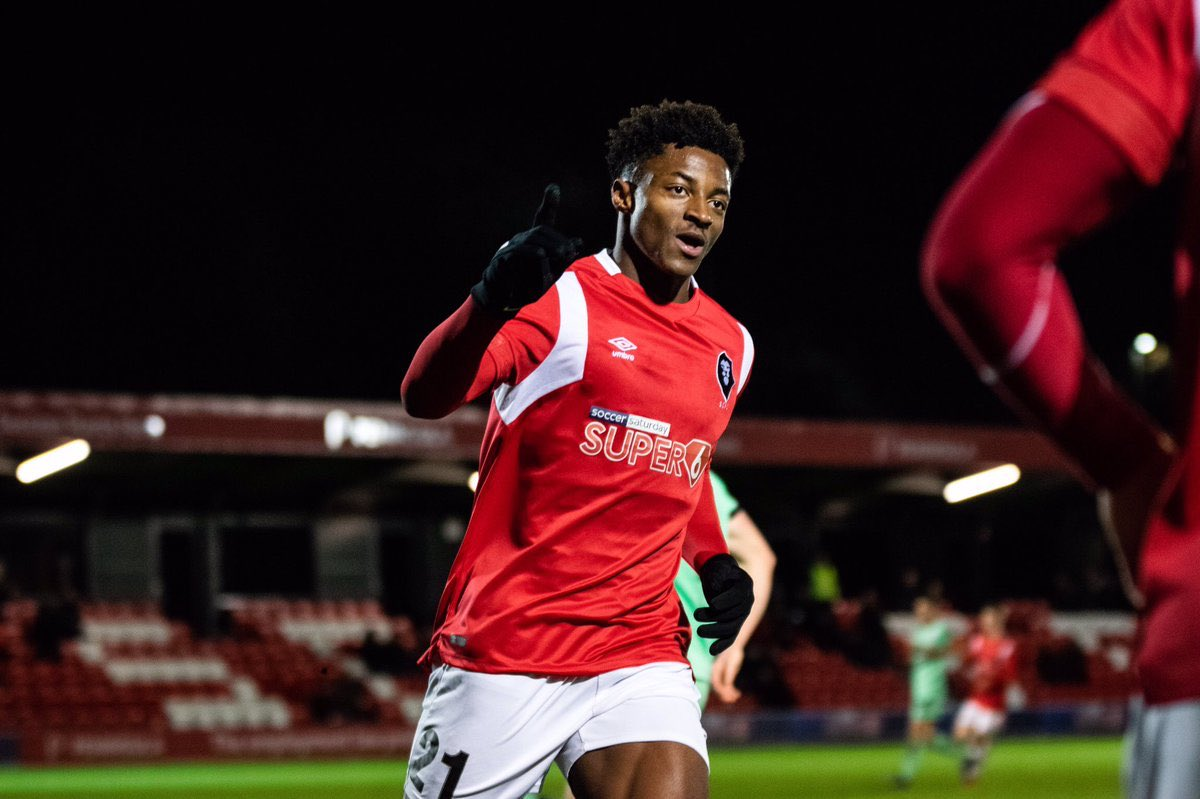 🗞Port Vale are in advanced talks to sign former Salford City striker Devante Rodney. Expect deal to wrapped up & announced tomorrow. #PVFC #WeAreSalford #EFL_HUB https://t.co/2m2cVopvvc