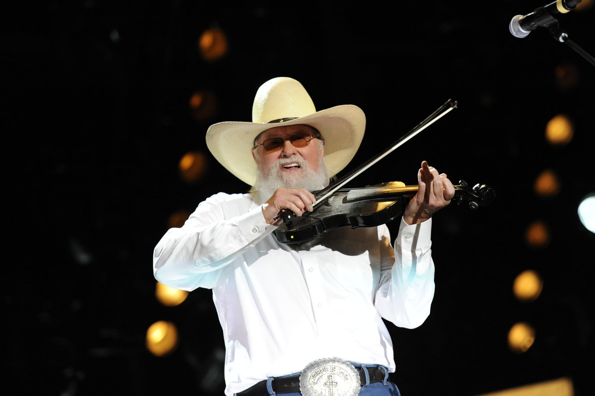 We are heartbroken to learn of the passing of one of Country Music's legendary musicians, @CharlieDaniels. We extend our thoughts and prayers to his family and friends during this sad time. https://t.co/U4Fb3HZvzI