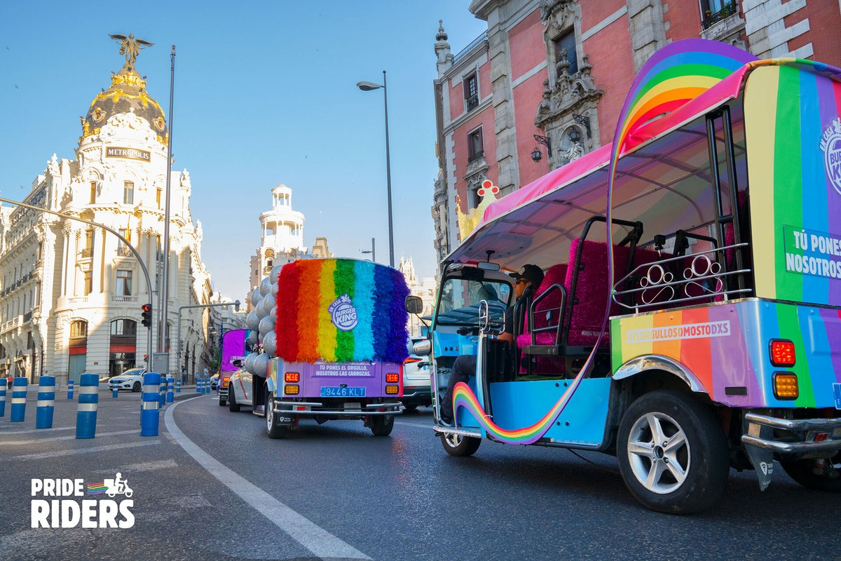 Spain couldn't have a Pride Parade, so @BurgerKing made one out of delivery trucks: https://t.co/qCngo20Eqa https://t.co/c5gWgq5MJf
