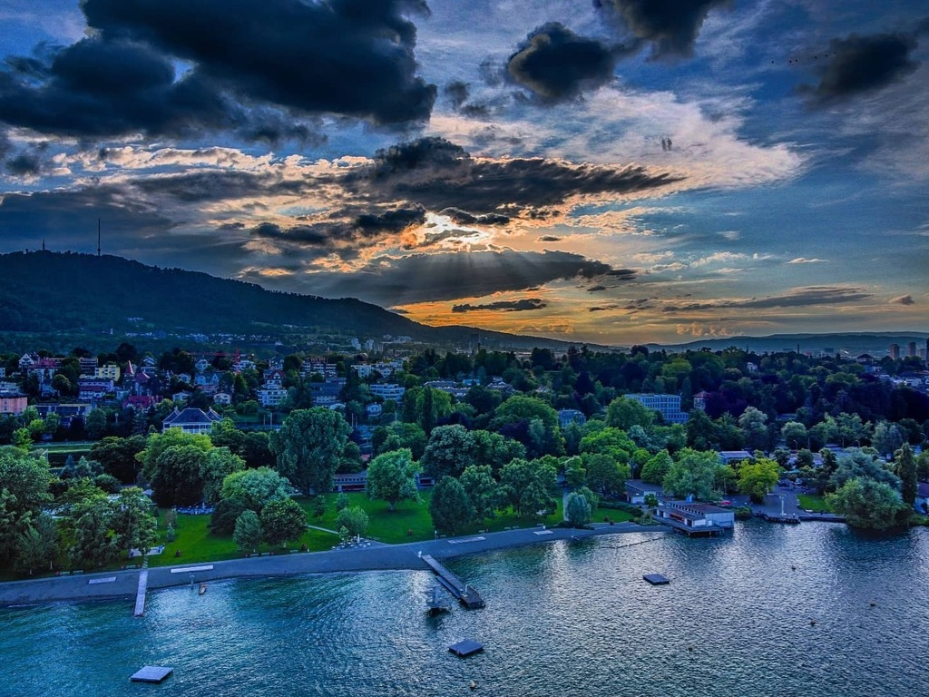 Cloudy sunset HDR take . . . . . #nature #colors #beauty #travel #adventures #travels  #landscape #dji #drone #photography #igers #instagram #igers #instashot #instaphoto #instatravel #instatrip #instabeauty #photooftheday #instalike #instamood #instamom… https://instagr.am/p/CCTraHeBU2o/pic.twitter.com/NX0fwpCzjH
