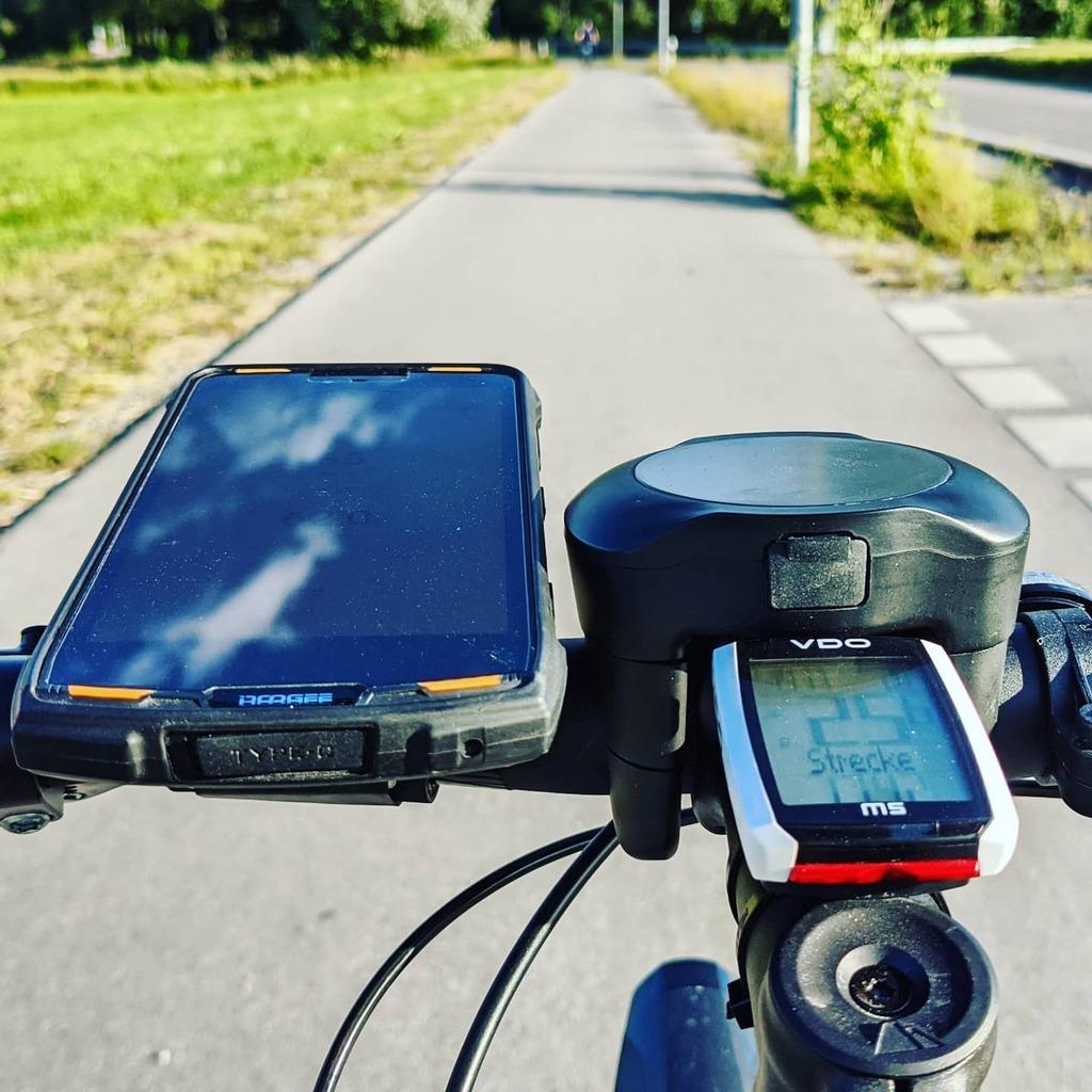 Great little cycling tour around Munich. #Cycling #CyclingTour #Bike #Cardio #CardioWorkout  #WeiterImmerWeiter  #Canyon #Roadlite #RoadliteOn #Fazua #Evation #eBike #Electrified  #Feierabendradler  https:// instagr.am/p/CCT0e_mpamv/    <br>http://pic.twitter.com/OwFLpj47Pu