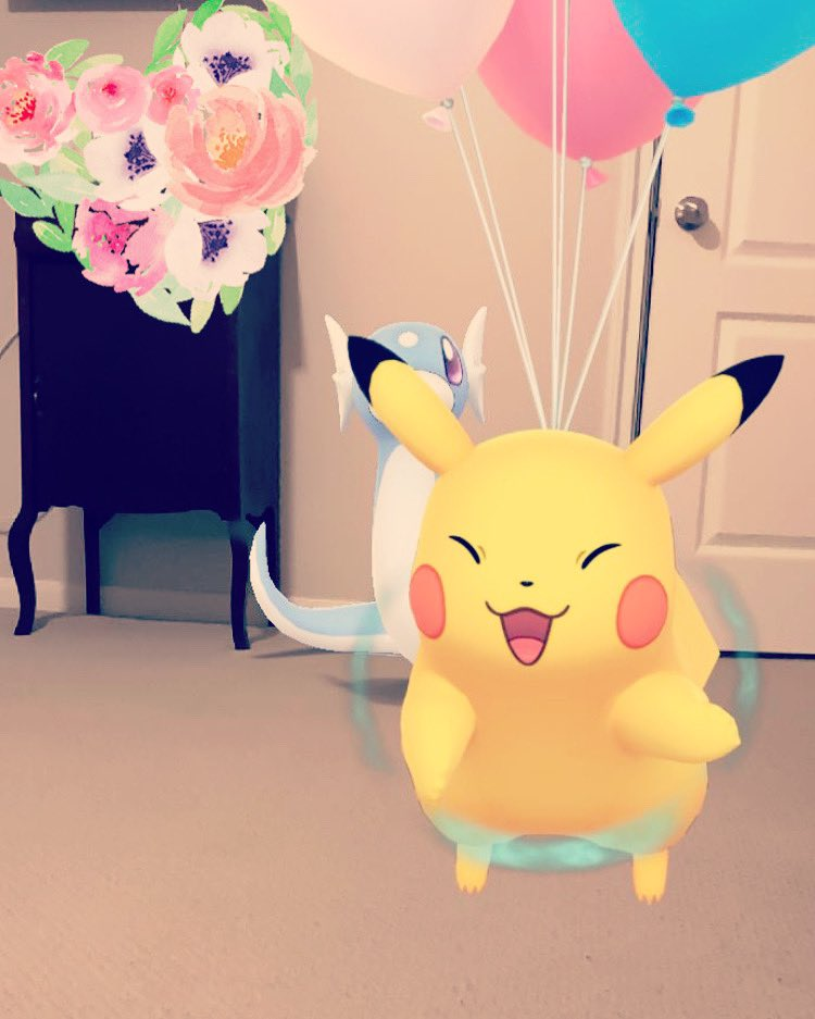 #pokemongo photobombed?! 😂 I was trying to get the take a pic with dratini quest and this wittle flying man decided to say hi 🥰 #amsr #youtube #new #poketuber #pokegirl #youtuber #austin #texas #atx #cute #funny #pikachu #whisper #pokemon #collection #pokemontcg #photobomb https://t.co/6YlKwU3Ees