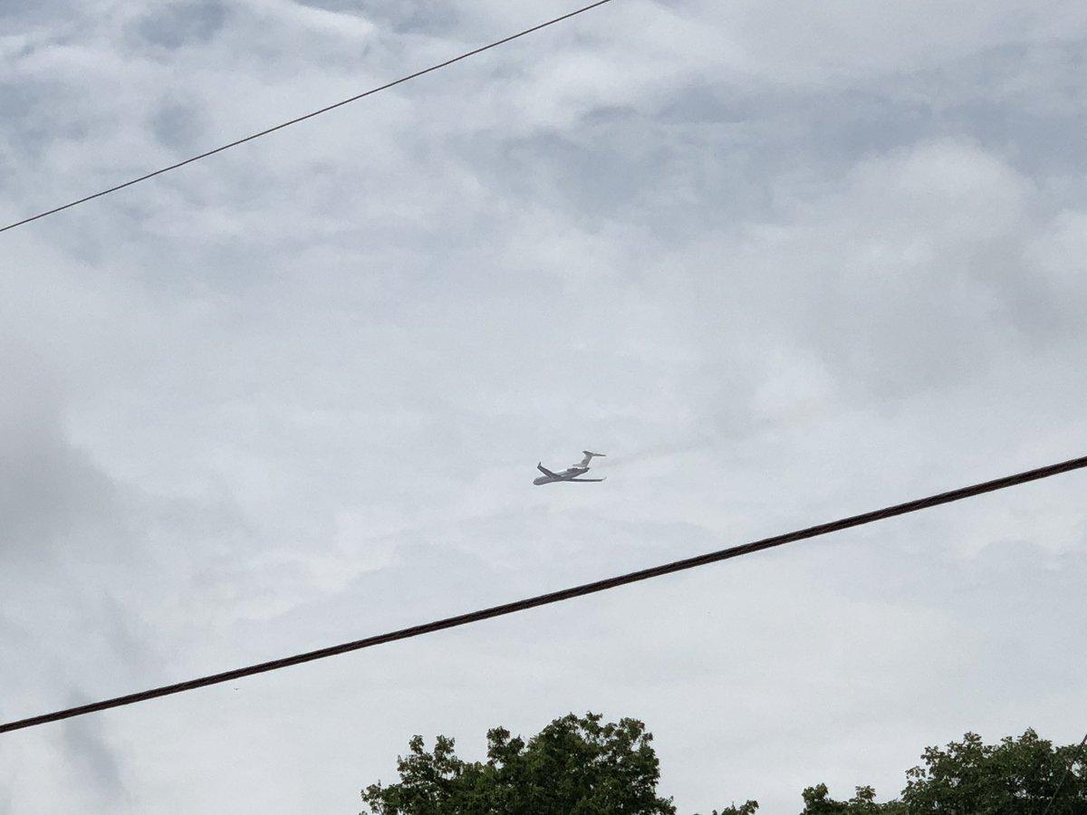 That was loud! In a good way! Boeing 727 departing @DallasLoveField. #kalitta #b727 #avgeek https://t.co/O9x04Nmgj6