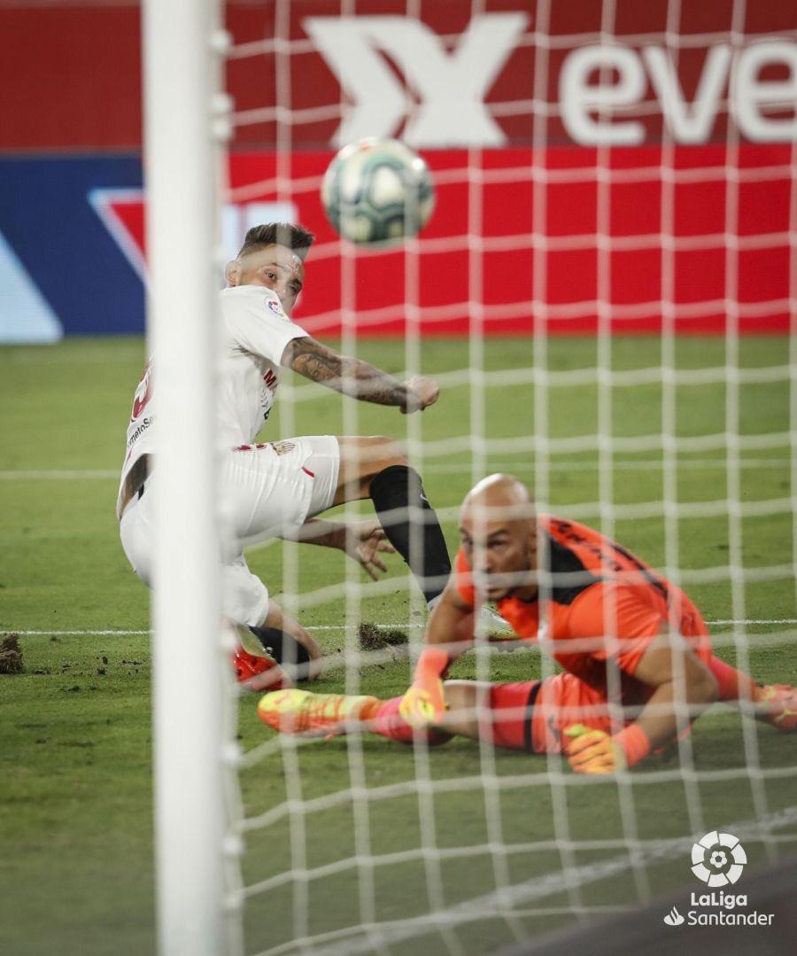 Se marcó, se atajó...se sufrió y se ganó....VAMOS MI @SevillaFC!!!! ➕3️⃣