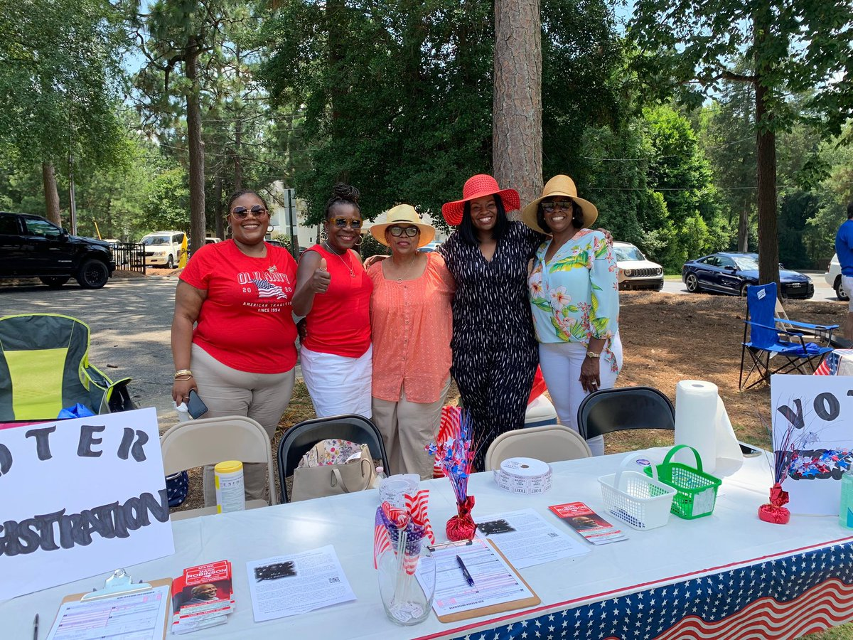 Great job to our Black Voices for Trump members in North Carolina registering voters over Independence Day weekend! 🇺🇸 #BlackVoicesforTrump #Woke