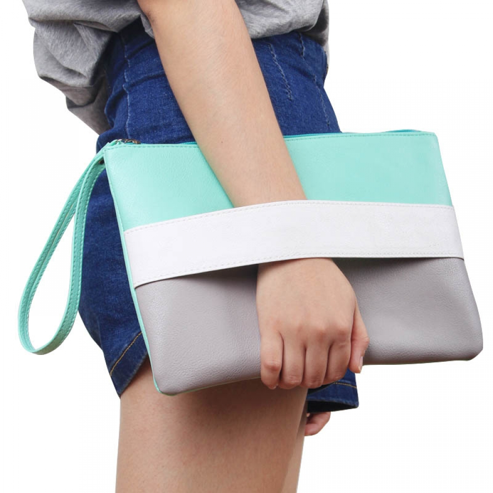 #trendalert #envywear Candy Color Leather Clutch pic.twitter.com/PPoaYBBdYF