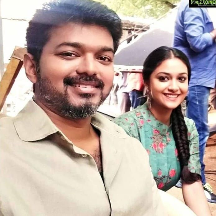 Hi guys we come back and we decide to change the account as a account for #Thalapathy  and and #KeerthySuresh  . Need all ur support pic.twitter.com/FQDfYAmvVB