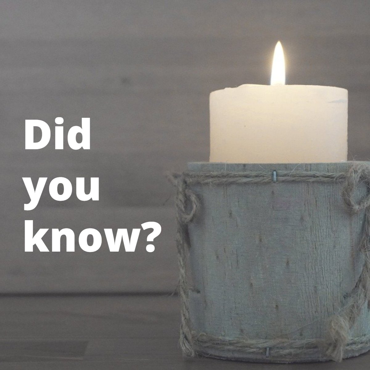 The right scent can immediately transform a space. Try lighting a lavender scented candle or adding an essential oil into the room you spend the most time in. Lavender is known for its soothing and calming abilities, and its gentle aroma may even help relieve stress. pic.twitter.com/XkaU1BZPsU