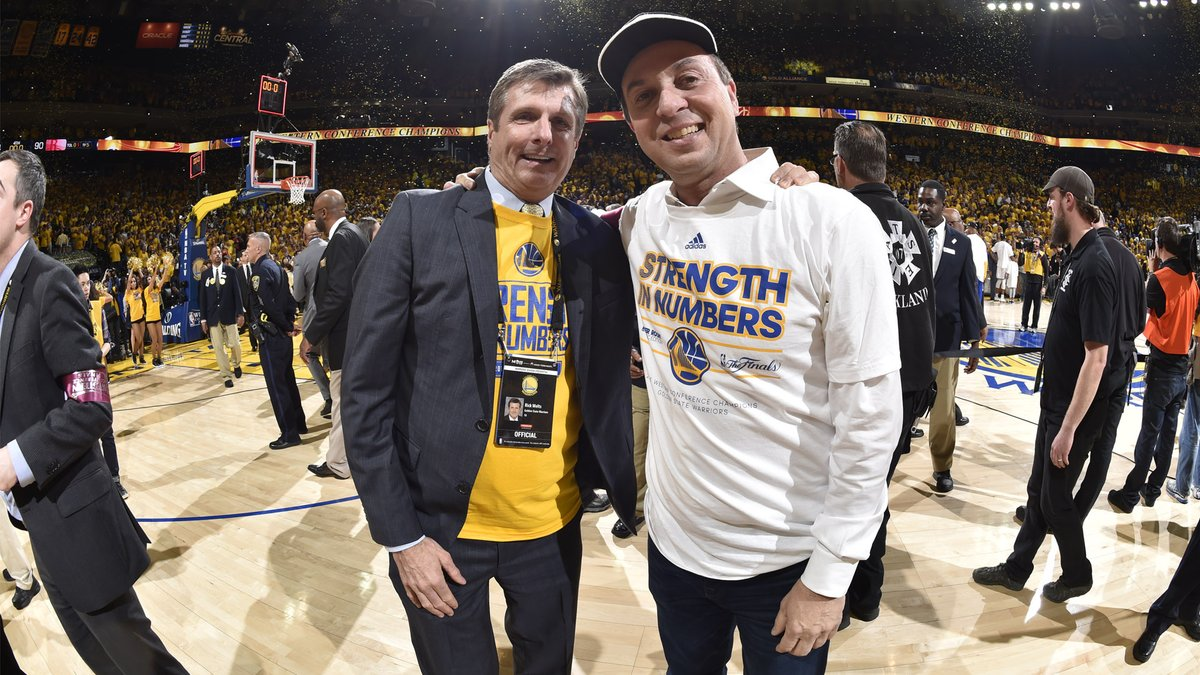 Warriors president Rick Welts shared the funny story of him being mistaken for owner Joe Lacob while in Croatia 🤣  https://t.co/c4v9UlrUK6 https://t.co/EbSNha6Y8y