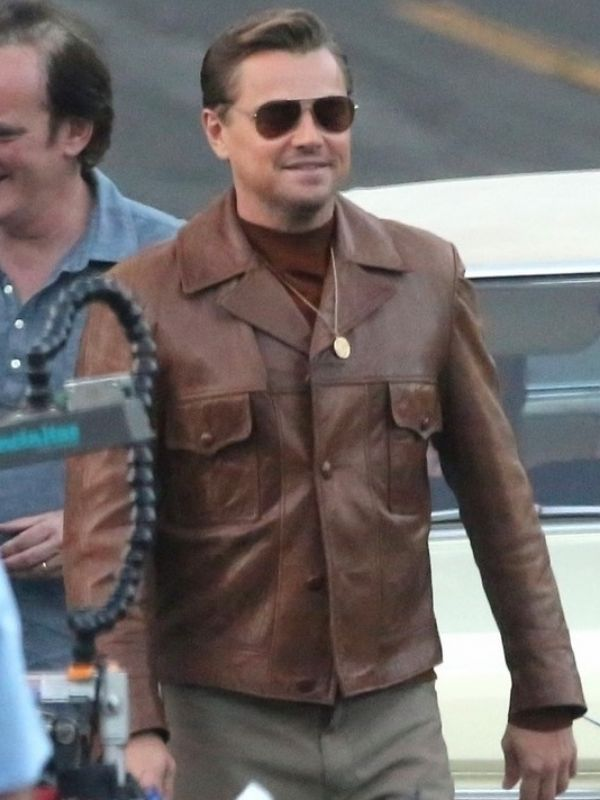Film #OnceUpon a Time in #Hollywood Cliff Booth #Jacket visit: https://www.mjacket.com/product/brad-pitt-once-upon-a-time-in-hollywood-jacket.html …pic.twitter.com/b86KZZr9h8