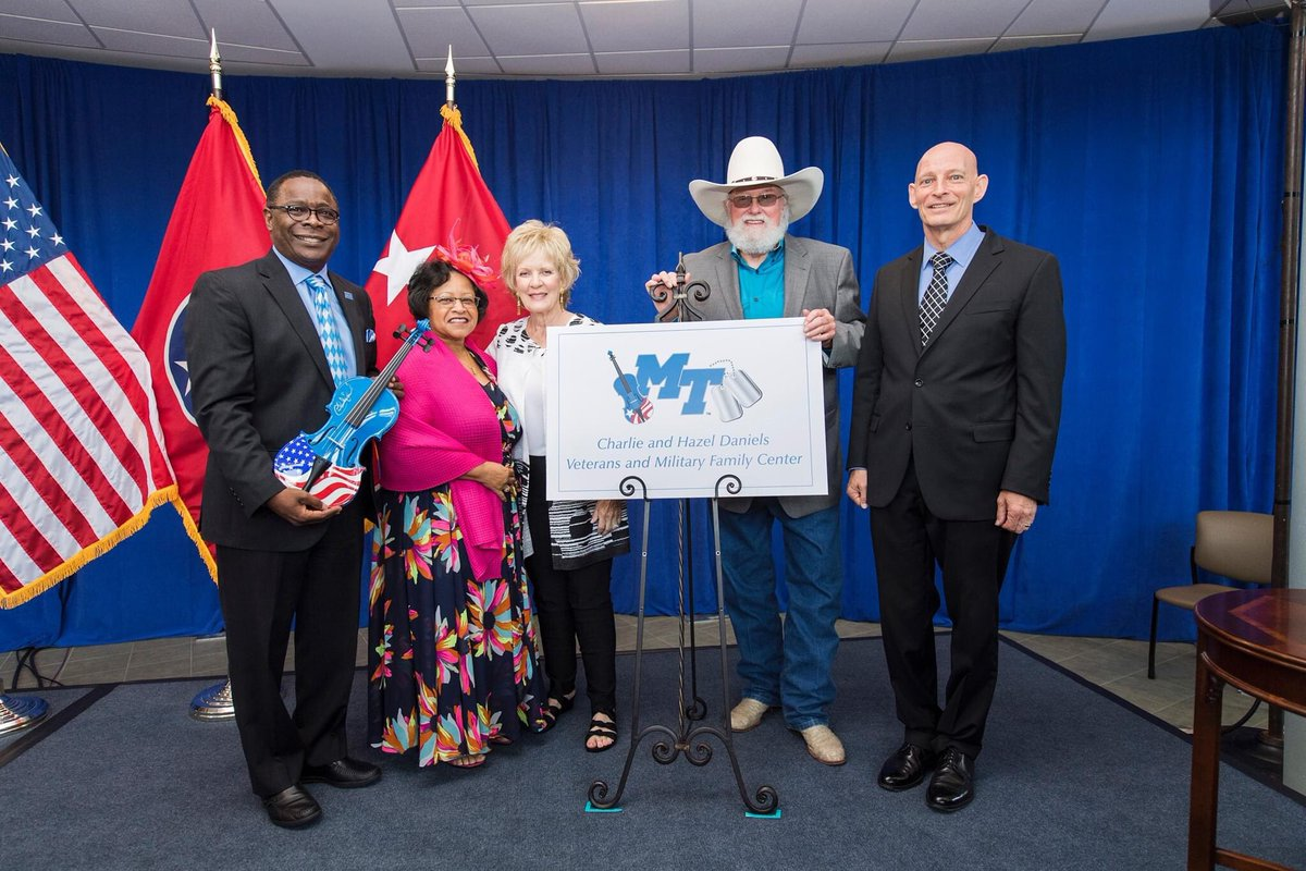 The MTSU community grieves the passing of @CharlieDaniels, a dear friend and great patriot, whose devotion to the men and women in our Armed Forces helped create and sustain the @MTVetCenter that bears his name. We extend our deepest sympathy to his wife, Hazel, and his family. https://t.co/cNyZasuLJm