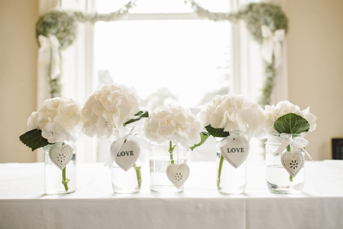 Need to figure out your #microwedding #budget? Check out my latest for @JoytheApp on how to plan and switch things up a bit during #weddingplanning. https://t.co/uuxhG3F0DH #weddings #wedding #weddingday #weddingseason https://t.co/fUOQTTNIzS