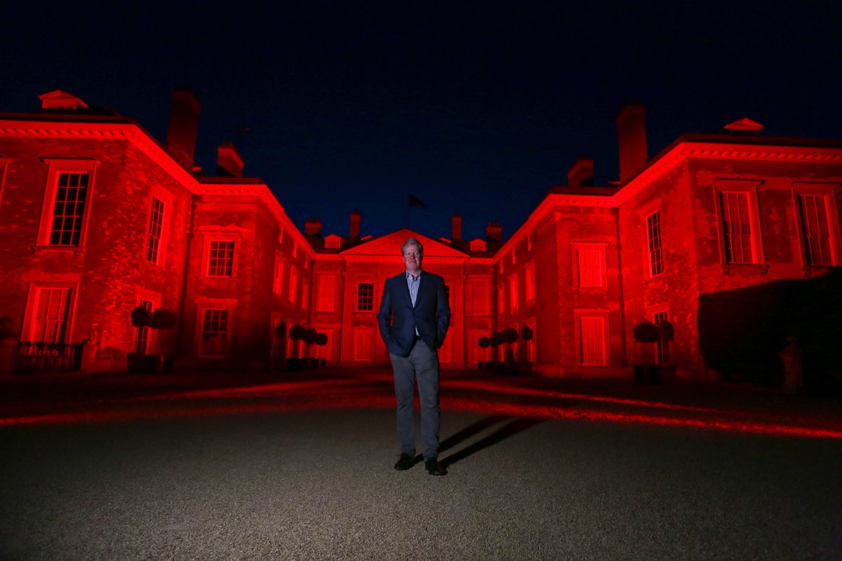 ⁦@AlthorpHouse⁩ wearing some red tonight to show solidarity with the live entertainment and event industry. #LightItInRed https://t.co/8bI5s8EhTc