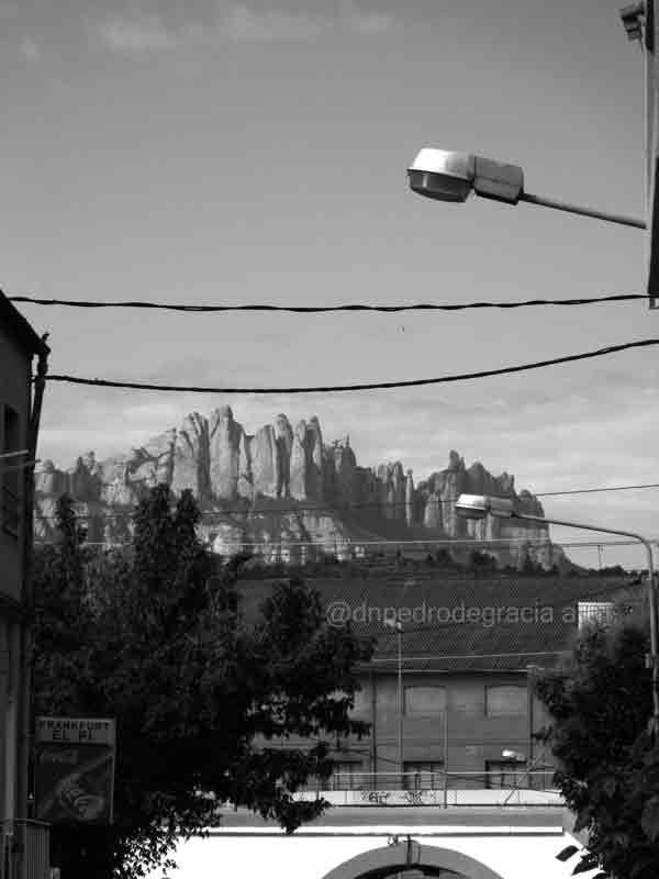 #art #artist #photo #photography #blackandwhitephotography #blackandwhitephoto #monochromme #streetphotography #streetphoto #urbanphotography #urbanphoto https://t.co/6azvECVIkY