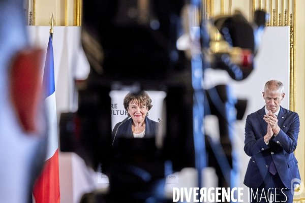 Passation de pouvoir Bachelot et Riester Ministere Culture #photo  © Bruno LEVY https://t.co/DjmD74YLcg https://t.co/N3AsvlsL6s