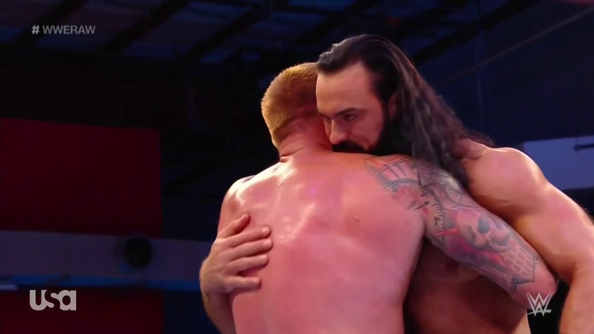 Brothers. #WWERaw  <br>http://pic.twitter.com/zq4kpp8Owt