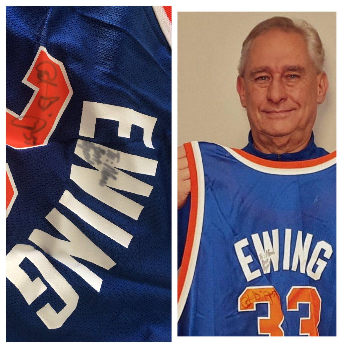 Em 1992 ele foi um dos titulares do DREAM TEAM em #Barcelona92 . Em 1995 , ele veio ao Brasil e ficou uma semana . Em 2020 , a homenagem a lenda #Patweek  Grande semana @CoachEwing33   E viva aos fãs do @nyknicks  @NYKnicksBR  @NyKnicksBBall  @KnicksDaDepre  @NBABrasil  #nba https://t.co/qtTtClHPYu