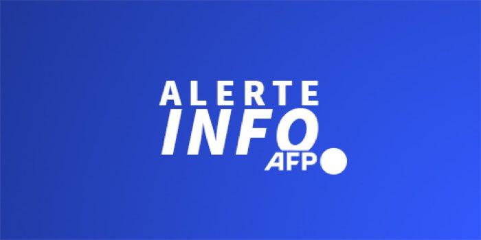 Alerte Info 🚨  Waldemar Kita nommé Ministre des sports, des finances publiques et de la justice en même temps. Une première sous la 5ème république ! #RemaniementMinisteriel #FcNantes https://t.co/JNS2ej3kjj