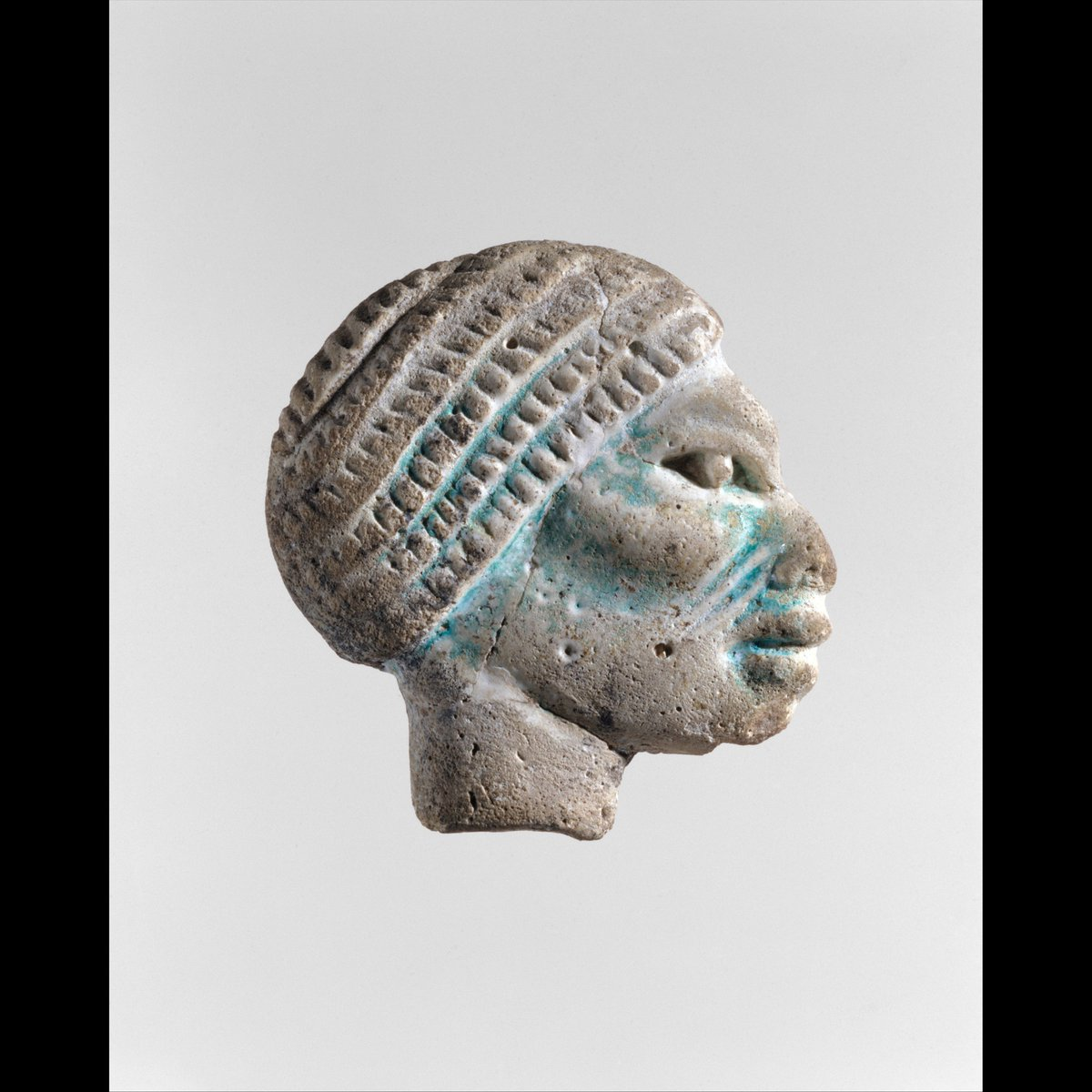 Nubian head inlay Inlay, Nubian head period: New Kingdom, Ramesside country: Egypt  #art #artwork #artlover #artaccount #arte #アート #艺术 #Egyptpic.twitter.com/zn6lxN2MyP