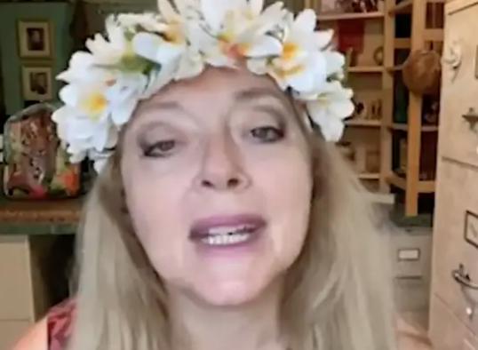 Weirdest Video Of 2020: Carole Baskin Is On Twitter Wishing Zion A Happy 20th Birthday barstoolsports.com/blog/2635136/w…