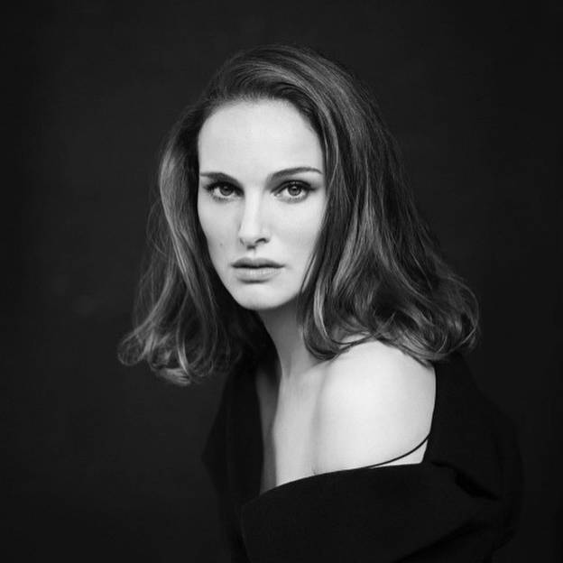 #Repost @natalie_portmanfanpage • • • • • • #natalieportman #actress #beauty #sexy #pretty #beautiful #gorgeous #hollywood #industry #movie #film #redcarpet #cinema #shooting #photo #photography #picture #dior #dress #diorlove #missdior https://t.co/gPkbGEz9s9