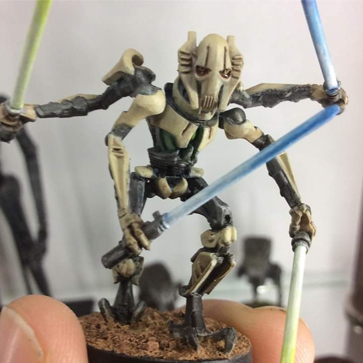 Finished General Grievous from Star Wars Legion! Painted with Vallejo acrylics and vallejo clear water resin for the mucus on the eyes @_@  #mystarwarslegion  #starwarslegion #miniature #miniaturepainting  #starwars #fantasyflightgames #tabletop #grievous #hellothere https://t.co/y3739HZnp7