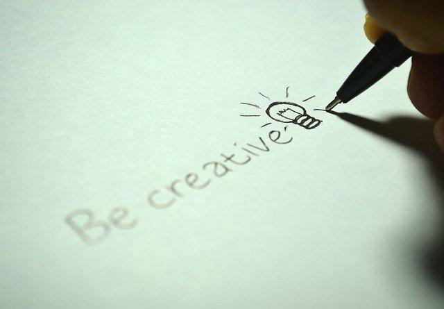 """Avui acabem amb la frase """"En temps de crisi, la imaginació és més efectiva que l'intel·lecte"""" by #AlbertEinstein #Art #Cultura #EnsEnSortirem @CcivicsBCN @bcncultura @BCN_SantAndreu @sortimbcn @pdcnavaspic.twitter.com/JgzALZFmNv"""