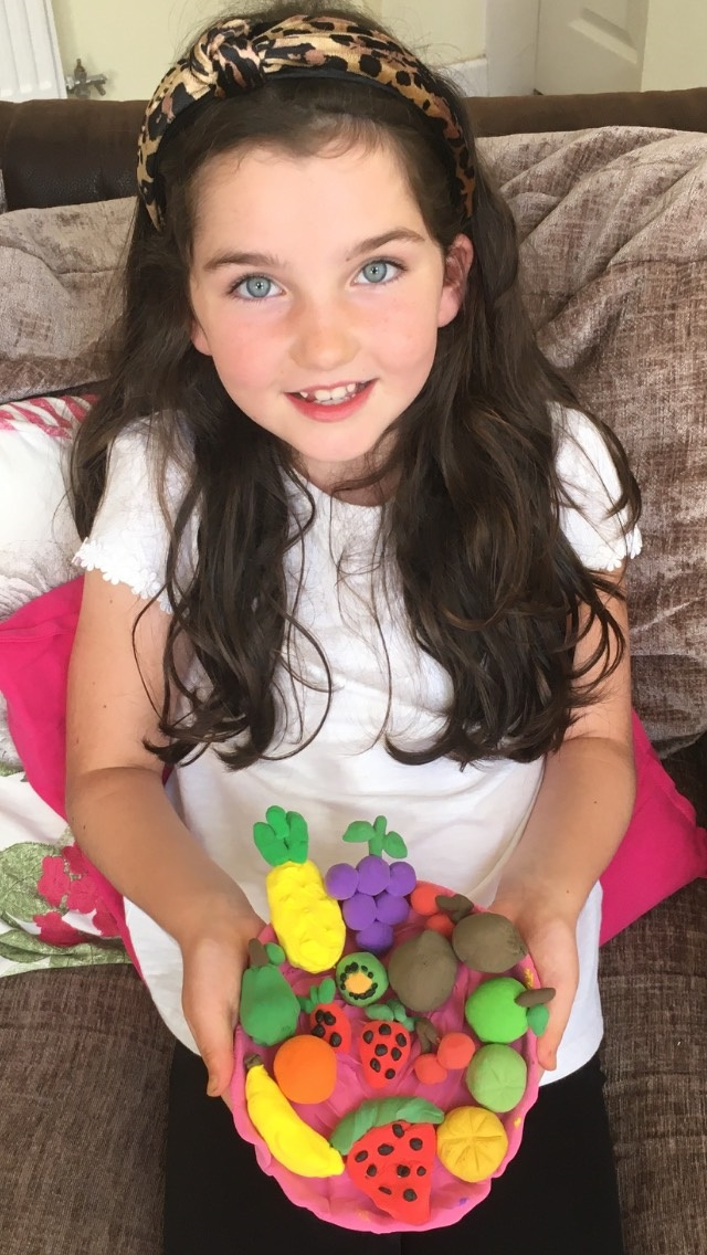 Yasmin has been busy at home making a fruit bowl out of modelling clay #Creative #homelearning pic.twitter.com/LJXtkUZdP4