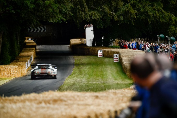 Tearing up the @fosgoodwood hill…