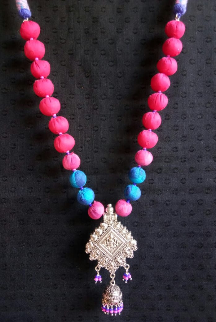 Hey #Mumbai  #handmadejewelry #handmade #jewelry #jewelrydesigner #fashion #jewellery #necklace #accessorie #handmadewithlove #jewelrydesign #love #handcrafted #style #jewelryaddict #art #jewelrymaking #jewelryforsale #jewelryforgift DM