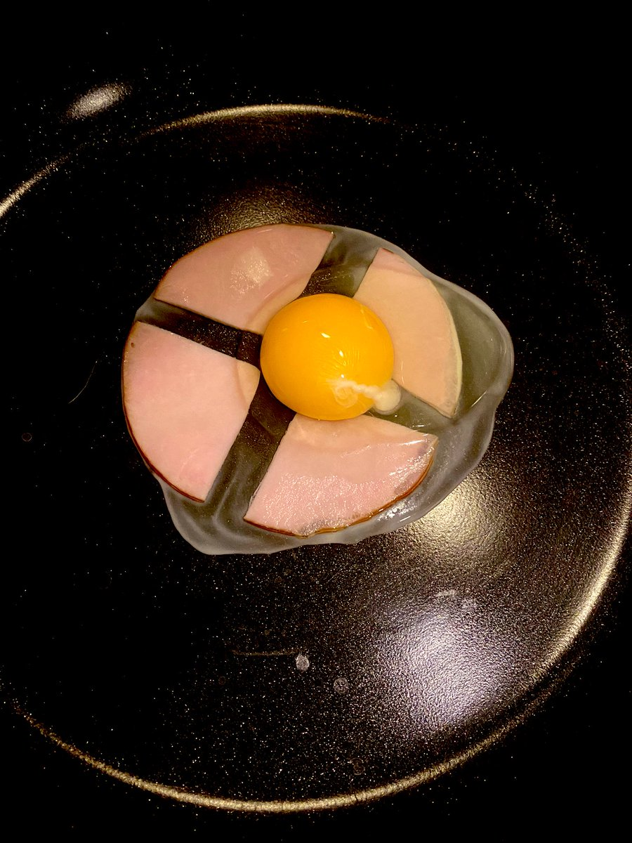 もっと早く知りたかった?ハムエッグを綺麗に作る方法!