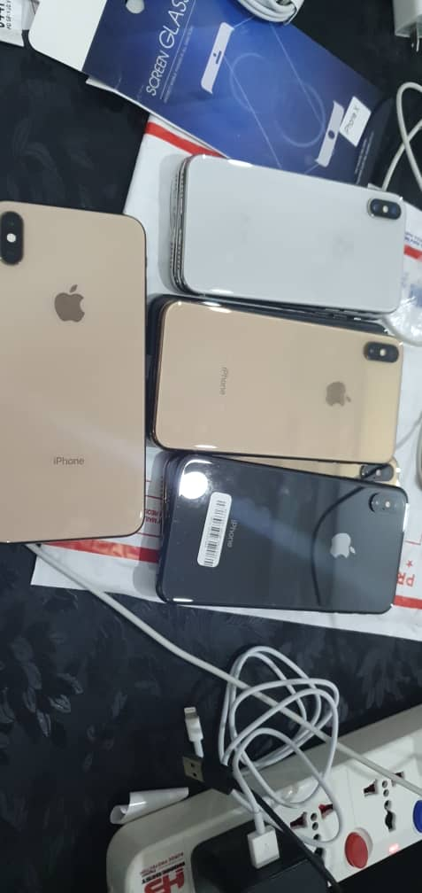 iPhone 11 pro 64gb iPhone 11 128gb iPhone 11 64gb iPhone xs max 256gb iPhone xs max 64gb iPhone x 256gb iPhone x 64gb iPhone 8 plus 64gb galaxy s10 plus  series 5 #AbujaTwitterCommunity @AbujaCommunity @awa_karis @theAbujaPlug @Abuja__Facts @Ochemercy3 @woye1 @woye1 @Gracymama1pic.twitter.com/iDmZeJ7XNq