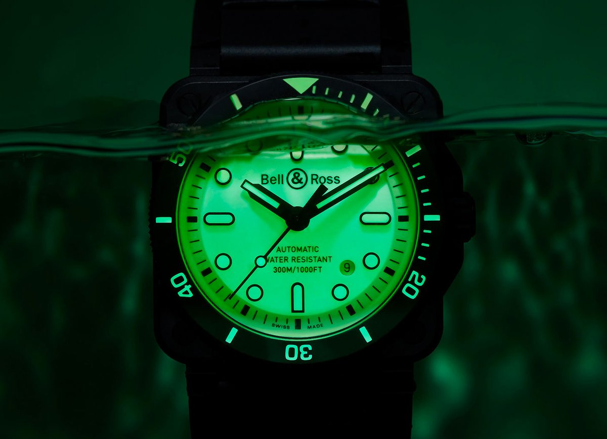 Bell & Ross Light Up the Deep with Luminescent Diver: Designed to meet the demands of professional deep-water divers, the latest seaworthy watch from Bell & Ross is called the BR 03-92 DIVER FULL LUM. It features a 42mm ceramic case, ISO 6425…  http:// dlvr.it/Rb5jg9     <br>http://pic.twitter.com/LFpmgGfWED