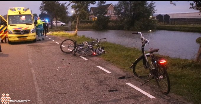Fietser ernstig ongeluk Broekpolderlaan overleden https://t.co/nM0cPyrzlO https://t.co/3Jg3EnAQLE