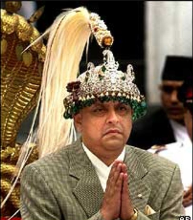 We want to see u again with this crown on your head Happy birthday to King Gyanendra Bir Bikram Shah Dev https://t.co/mV5FeDvMv9