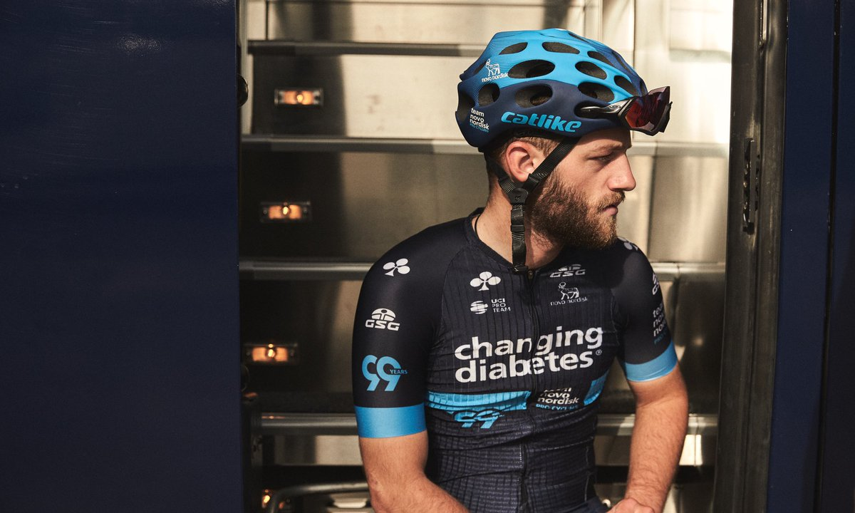 Summer rides in short sleeve Italian couture 😎 Yes! @GSGCyclingWear 🙌  #ChangingDiabetes https://t.co/yjJ9OXixAZ