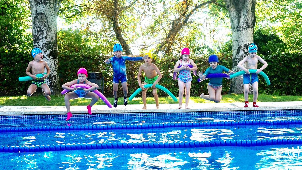 Així de divertits/des vàrem acabar ahir un dels cursos de natació infantil. Bon dia!  #CrackSportsClub #Estiu #Juliol #Horari #AADD #Fitness #Piscina #Natació #Curs #Granollers #VallèsOriental https://t.co/yMUcKYXwnn