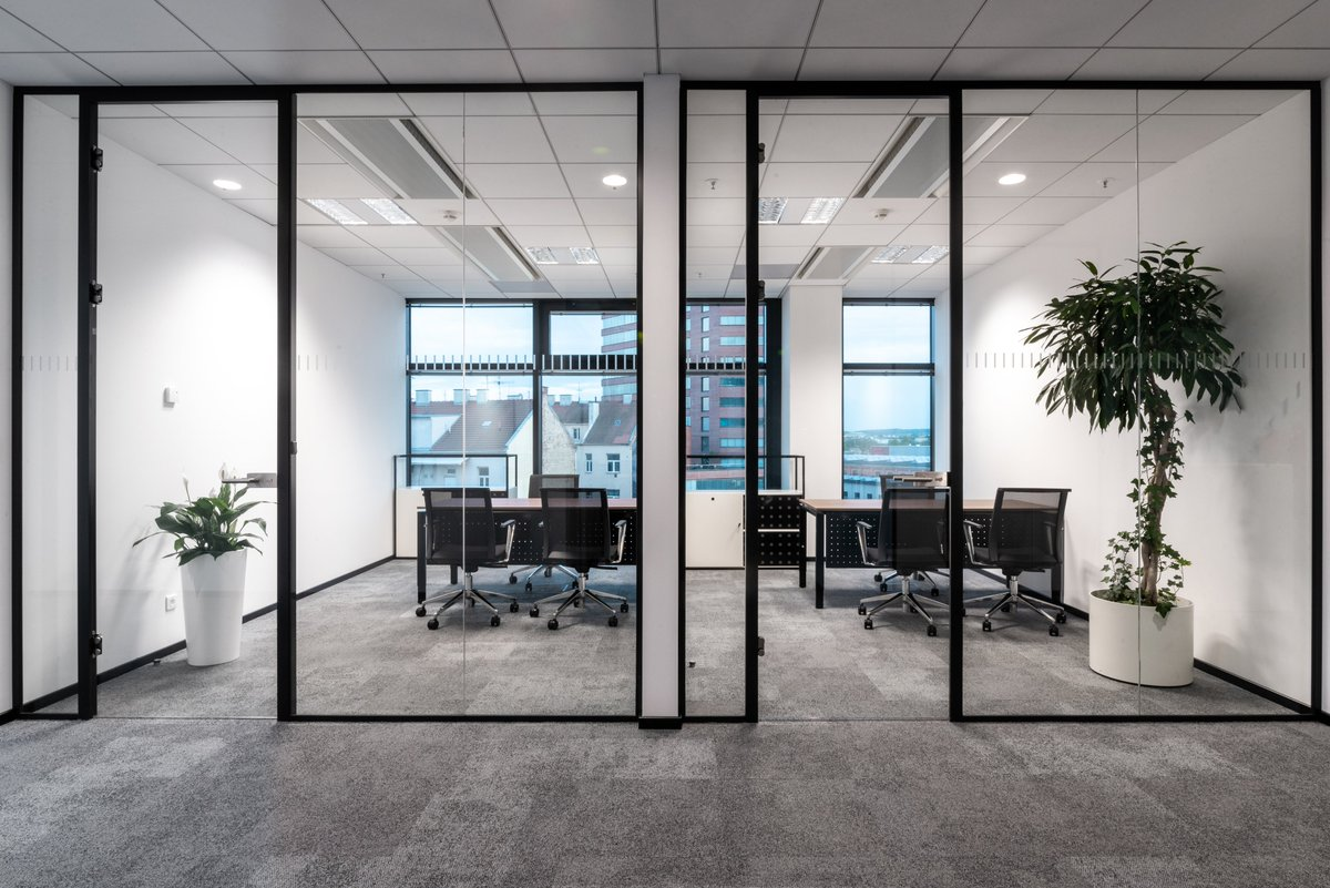 Another great project using Lyra chairs. Both Lyra and Lyra Net collections include wide range of #office and #conferencechairs in various finishes.  #chairs #officechairs #meetingchairs #officedesign #officefurniture #contractfurniture #furniturepic.twitter.com/pv06lxnvr5