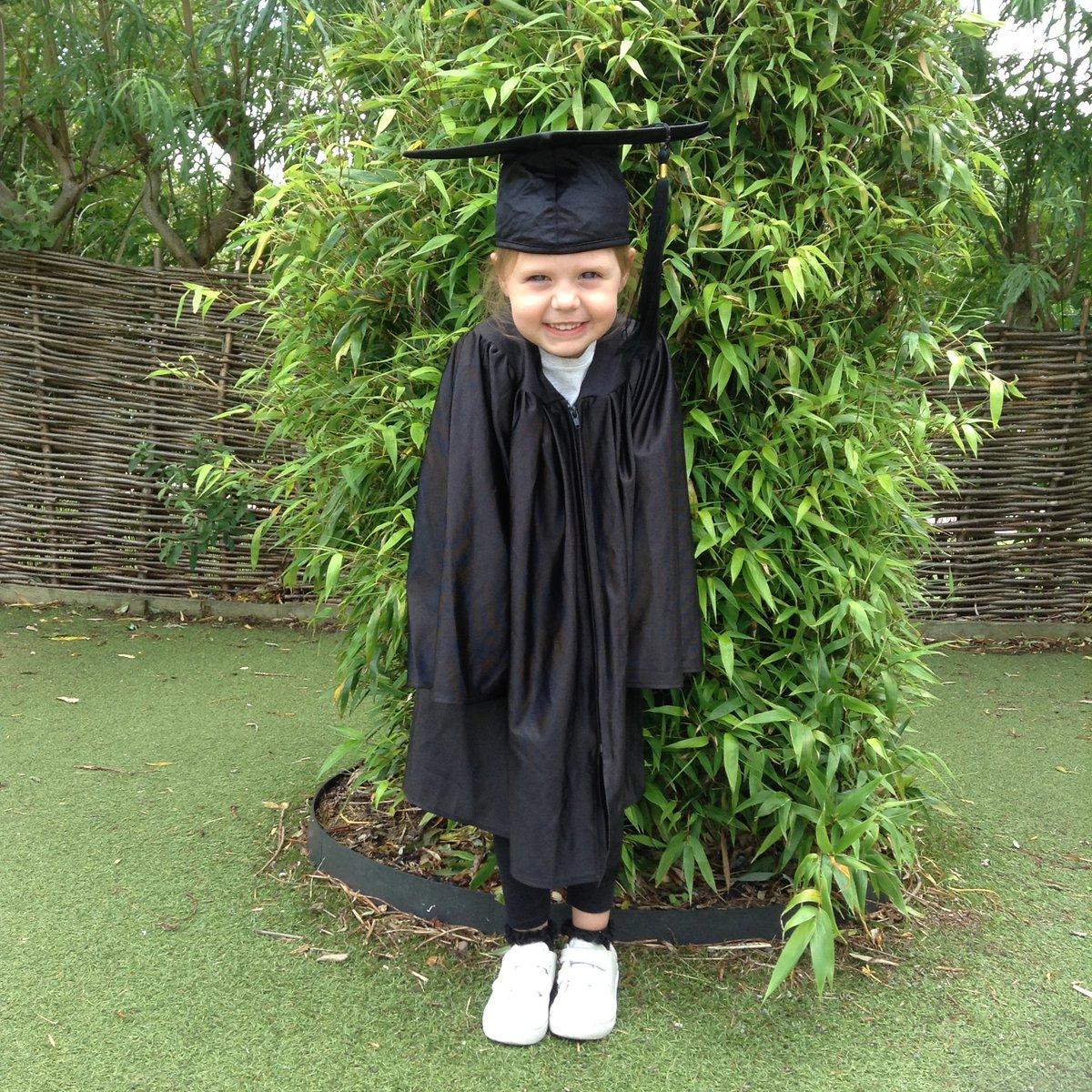 Nursery Graduation, Class of 2020 #newadventures #startingschoolpic.twitter.com/CVrhFySsHq
