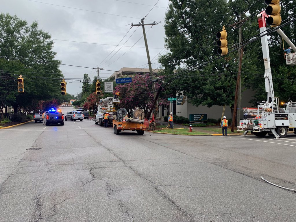 One person is at the hospital after a single car collision-Richland & Assembly Sts. Traffic lights are out after driver struck power poles. @DominionEnergy & #ColumbiaPDSC traffic officers are on scene. Northbound Assembly at Laurel blocked. Cause is being investigated.
