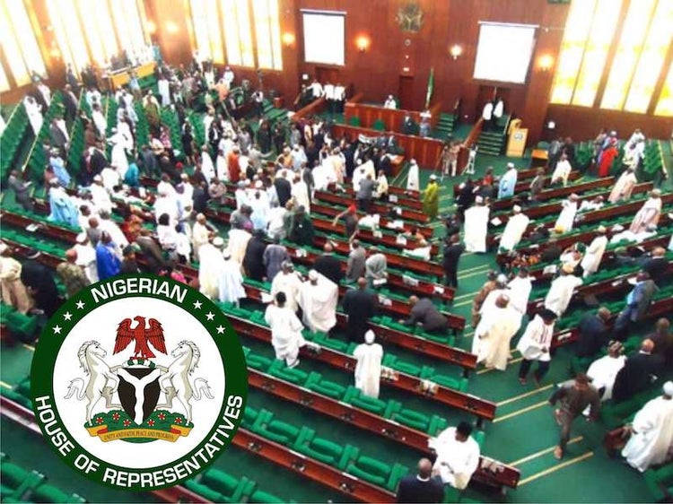 JUST IN: House of Representatives @HouseNGR adjourns sitting to next Tuesday. https://t.co/w0D336jCKi