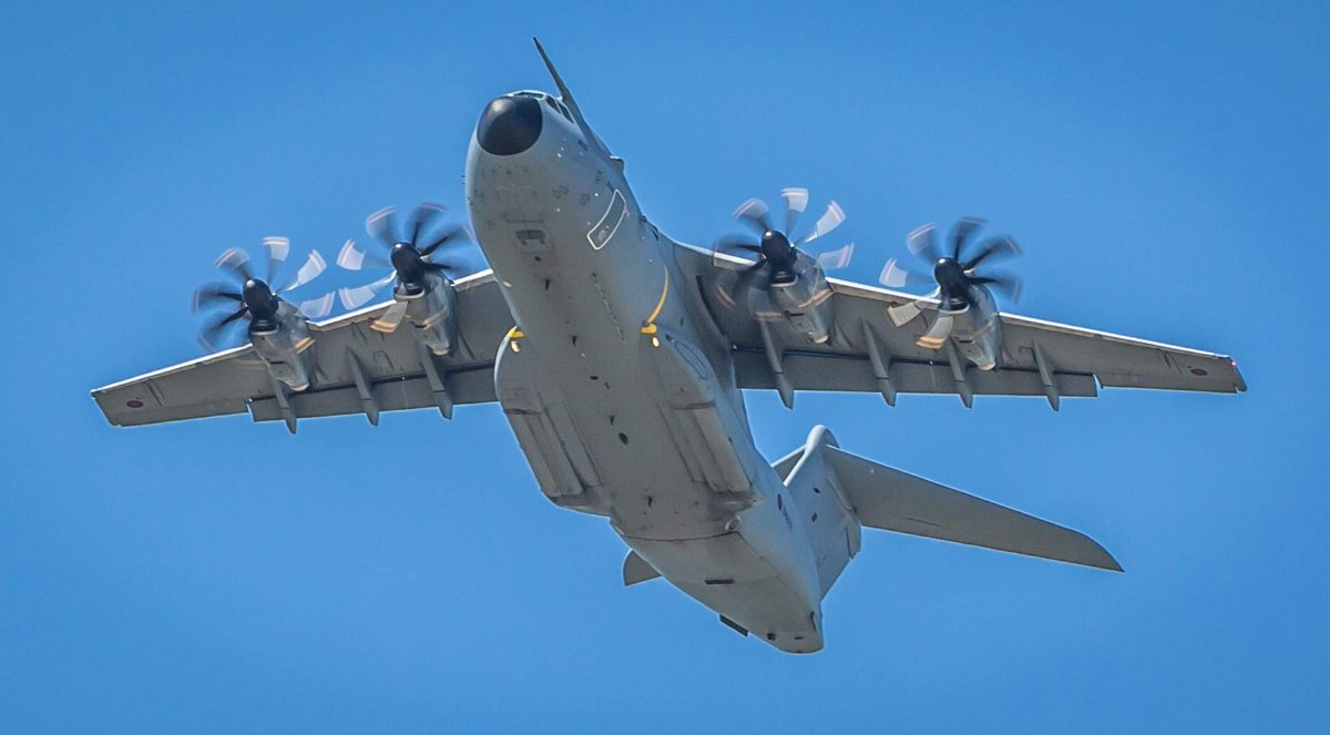 This afternoon, our A400M Atlas aircraft will be operating in the vicinity of Yeovilton, whilst engaged in essential training.  These are necessary, routine, flights and not connected with RAF support to the UK's fight against Coronavirus.  #A400M #Atlas https://t.co/7O9eCKI8Jx