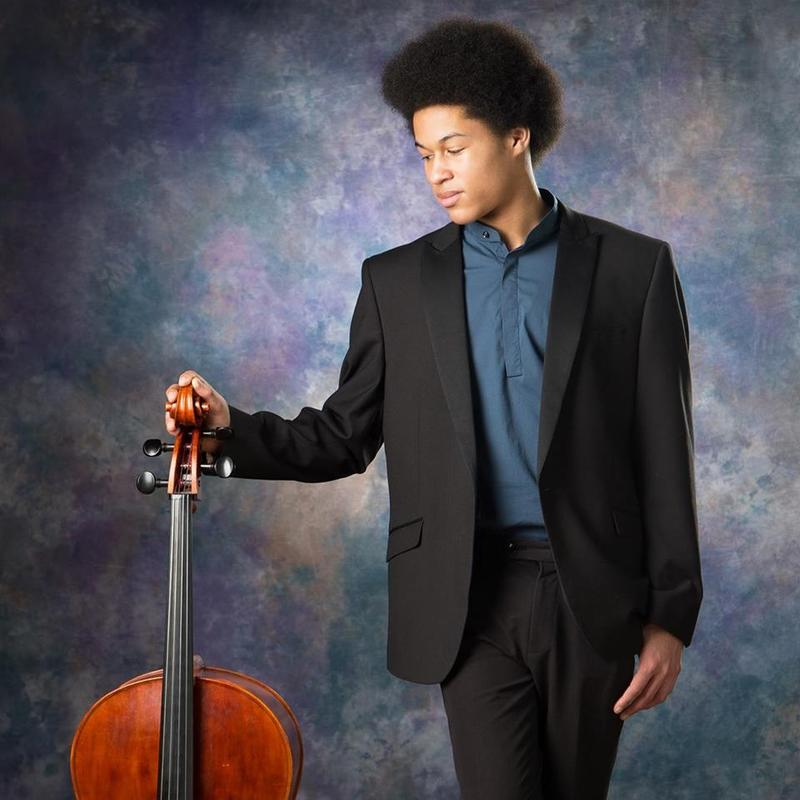 BBC Sounds offers an insight into the rehearsal process for Edward Elgar's Cello Concerto at last year's BBC Proms. Soloist Sheku Kanneh-Mason, CBSO Musical Director, Mirga Gražinytė-Tyla and RBC Principal Julian Lloyd Webber, share their perspectives  https://t.co/wMB4YVr2Mt https://t.co/dUR0Z4QQqg