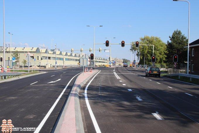 Weekendafsluiting N213 van Middel Broekweg tot Bosweg https://t.co/hBPb55OZnj https://t.co/HBoBy2ZgZ3