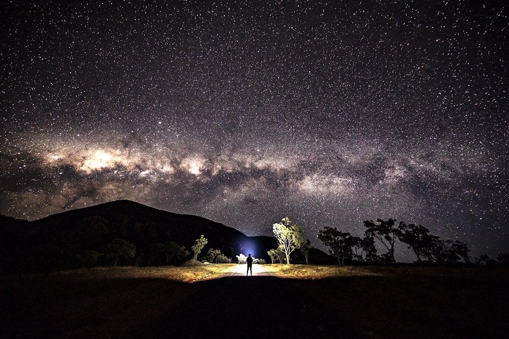 ケアンズを150キロ西へ行くとこの光景もあります!ケアンズで見れる星空も半端ないっす!pic.twitter.com/uRY2uqvR6G