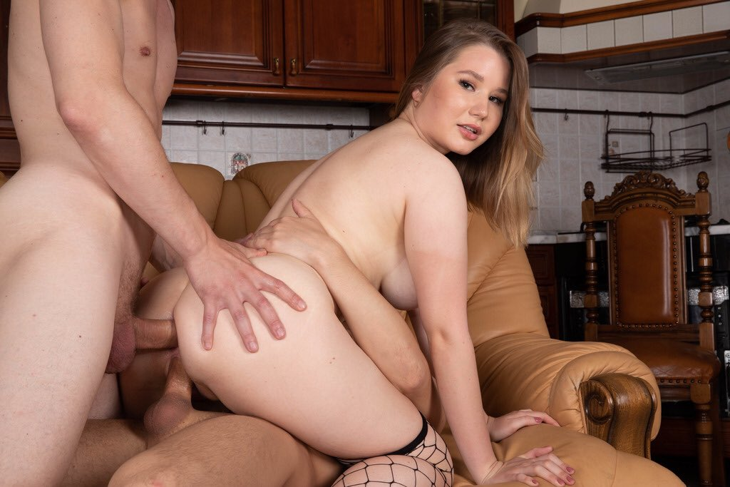 Amalia Devis Welcome to Porn with DP