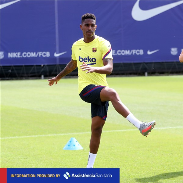 ❗ INJURY NEWS @JuniorFirpo03 has a right hip injury and will miss the match against Espanyol.