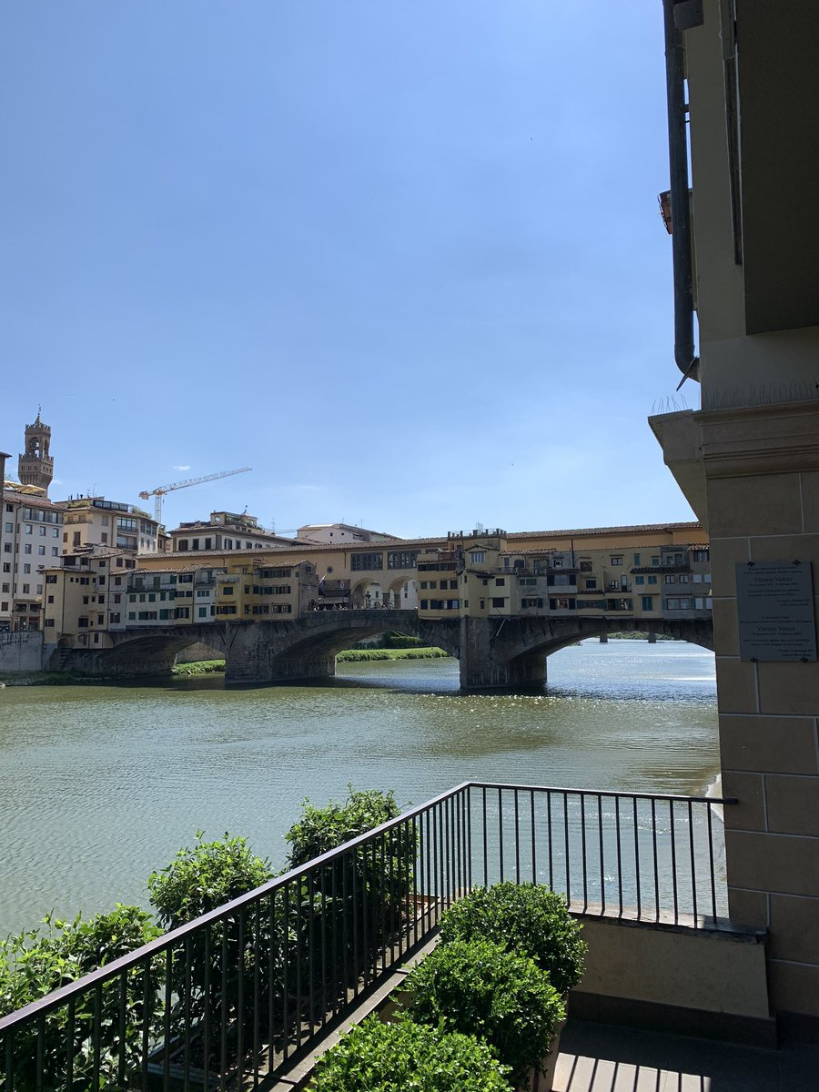 I missed this so much! Glad to be back for a few days #home #Florence pic.twitter.com/TrvUTrFoHz